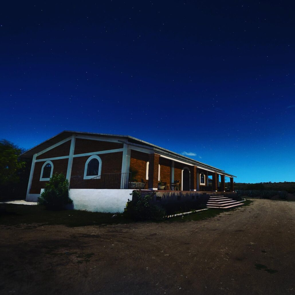 Donde ocurre la magia.  Este Palenque es donde se tritura, fermenta y destila el Mezcal Chulele. #mezcal #agave #mezcalartesanal #tequila #oaxacamexico #oaxacatravel #discoveryourchulele #mezcalchulele #cocktails #drinks #craftspirits #mezcallovers #oaxaca #bartender #mezcalcocktails #chulele