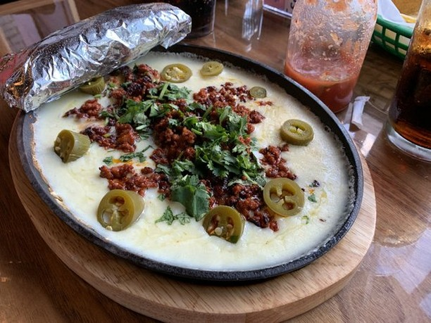 RESTAURANT REVIEW: Hillcrest newcomer El Mezcal is still finding its footing http://ow.ly/TKxV30p6H6j